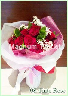 Buket Bunga Mawar Merah 08 Tinto Rose