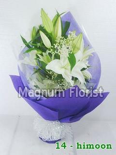 Hand buket bunga lily