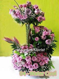 Jual Rangkaian Bunga Mawar Ungu