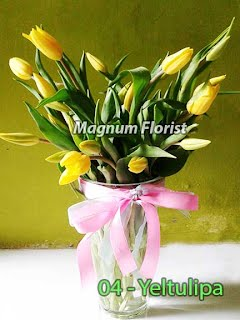 Tulip Kuning Dalam Vas